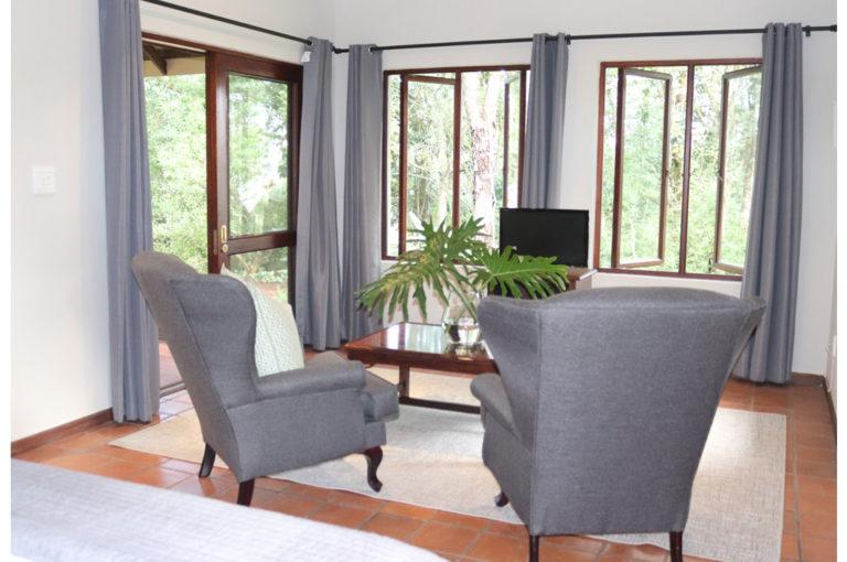 Lounge of greys3_b